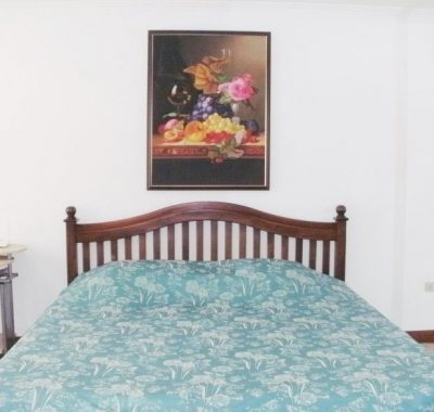 rental with king size bed