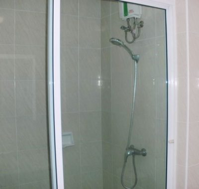 Rental with European shower